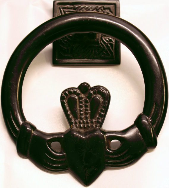Door Knocker Claddagh (Black)