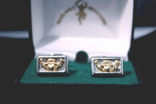 Cufflinks Claddagh Gold & Silver Plated Brass