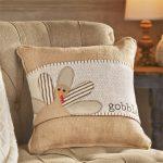 Gobble Pillow Wrap